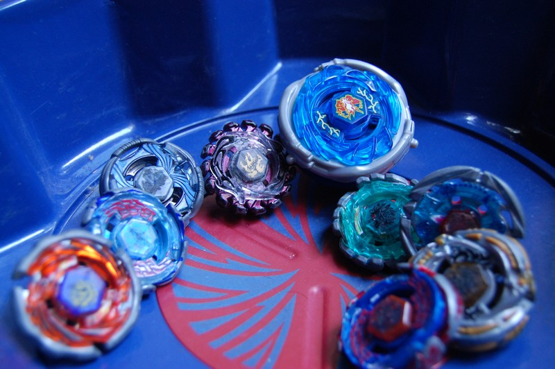 Le Hand Spinner est mort ! Vive les toupies Beyblade